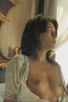Голая Джованна Меццоджорно в фильме «Любовь во время холеры», 2007