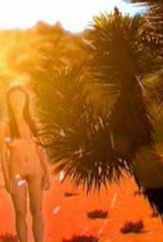 Голая Джулия Джонс в фильме «Адская поездка», 2008