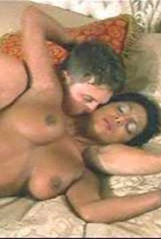 Голая Ди в сериале «Сексуальные игры Вегаса», 2005