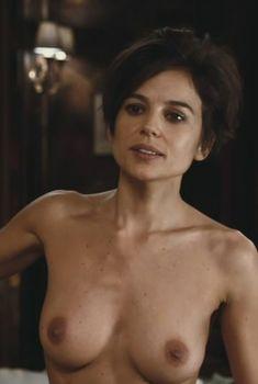 Полностью голая Елена Анайя в фильме «Комната в Риме», 2010