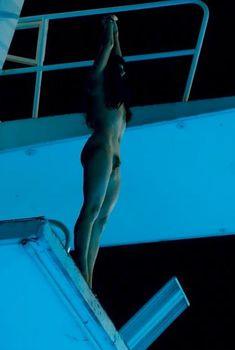 Голая Жюдит Шемла в фильме «Двойная жизнь Камиллы», 2012