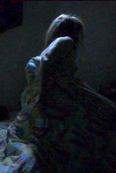 Жюли Дельпи засветила грудь в фильме «Два дня в Париже», 2006