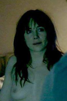 Голая Жюли Депардье в фильме «Невидимая женщина», 2012
