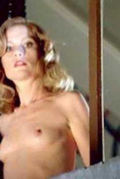 Голая Изабель Юппер в фильме «Окно спальни», 1986