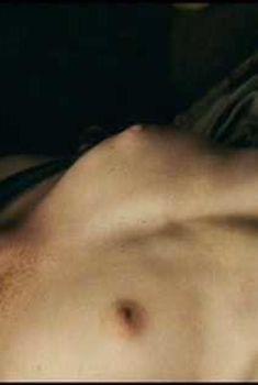 Голая Каролина Херфурт в фильме «Парфюмер. История одного убийцы», 2006