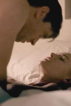 Кейт Босворт засветила грудь в фильме «Пока мы были здесь», 2012