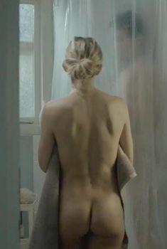 Голая попка Кейт Хадсон в фильме «Легкие деньги», 2014