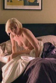 Голая Кейт Эшфилд в фильме «Тайная улыбка», 2005