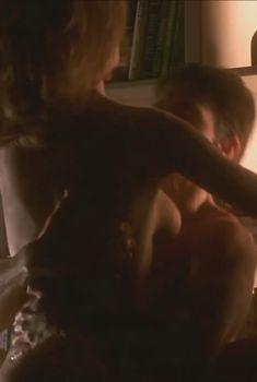 Голая Келли Престон в фильме «Джерри Магуайер», 1996