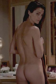 Голая Кери Рассел в сериале «Американцы», 2013