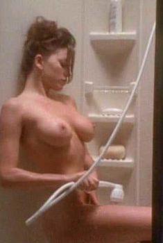 Голая Криста Аллен в фильме «Эммануэль 4», 1994