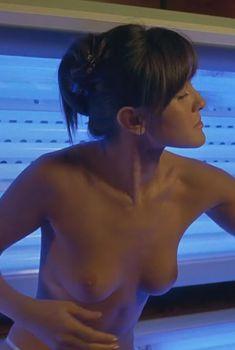 Голая Кристал Лоу в фильме «Пункт назначения 3», 2006