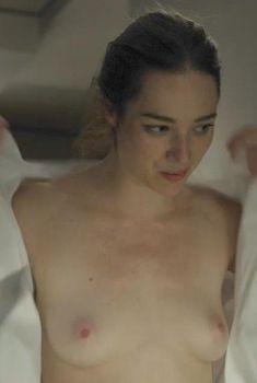 Голая Кристен Коннолли в сериале «Карточный домик», 2013