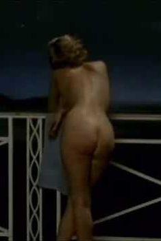 Голая Кристин Скотт Томас в фильме «Бал губернатора», 1990