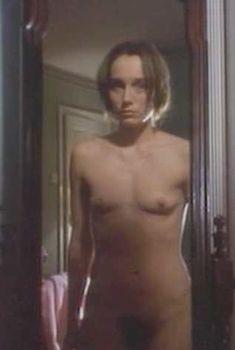 Голая Кристин Скотт Томас в сериале «Тело и душа», 1993