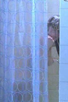 Голая грудь Кристины Коул в сериале «Ведьма», 2004