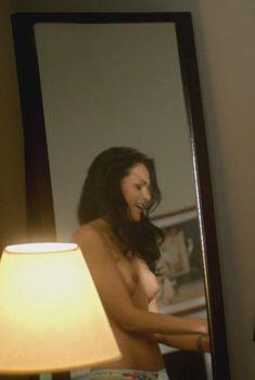 Кристина Очоа оголила грудь в сериале «Матадор», 2014