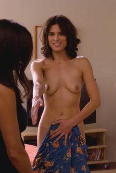 Голая Кристина Уллоа в сериале «Блудливая Калифорния», 2007