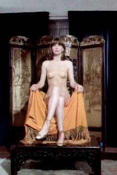 Голая Кэнди Кларк в фильме «Вечный сон», 1978