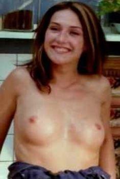 Кэрис ван Хаутен снялась голой в фильме Fathers Affair, 2004