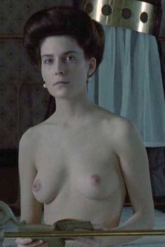 Голая Лара Флинн Бойл в фильме «Дорога на Вэлвилл», 1994