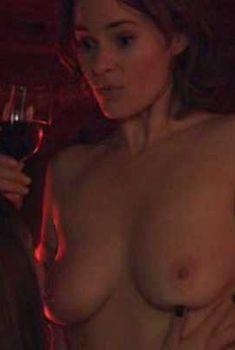 Голая Лейша Хейли в сериале «Секс в другом городе», 2004