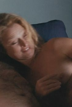 Лена Эндре показала голую грудь в фильме «Девушка, которая играла с огнём», 2011