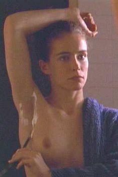 Голая Лесли Хоуп в фильме «Париж, Франция», 1993
