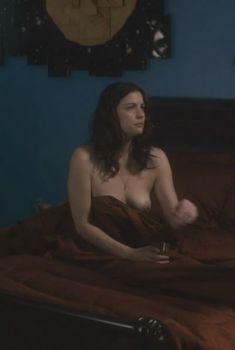 Голая Лив Тайлер в фильме «Цена страсти», 2011