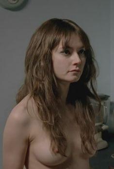 Голая Лидия Уилсон в сериале «Сердце всякого человека», 2010