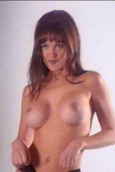 Голая Лиза Бойл в фильме «Молясь о силе», 2001
