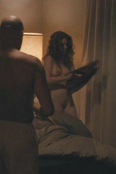 Голая Лиза Джойс в фильме «Посланник», 2009
