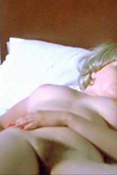 Голая Лина Ромай в сериале «Ходячие мертвецы», 2010