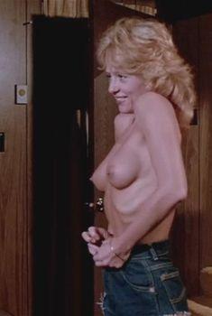 Голая Линни Куигли в фильме «Тихая ночь, смертельная ночь», 1984
