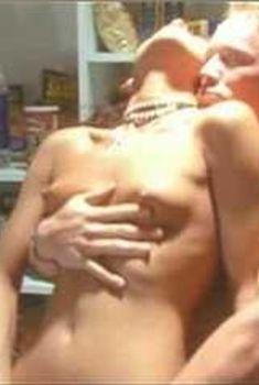 Голая Лола в сериале «Бухта страсти. Восходящие звезды», 2000