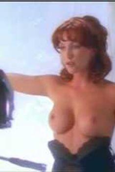 Голая Лорен Хэйс в сериале «Эротические признания», 1994