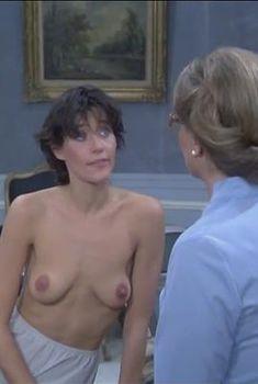 Голая Лоррейн Бракко в фильме «Две пары на одном диване», 1979