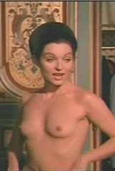 Красотка Мари-Франс Пизье оголилась в фильме «Другая сторона полуночи», 1977