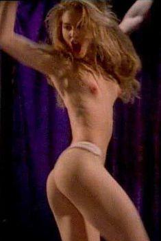 Голая Мария Форд в фильме «Стриптизерша», 1995