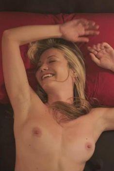 Голая Меган Стивенсон в фильме «Любовь, секс и Лос-Анджелес», 2013