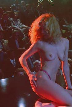 Голая Мелани Гриффит в фильме «Город страха», 1984
