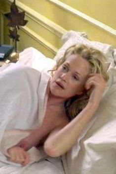 Мелани Гриффит засветила грудь в фильме «Темп», 2003