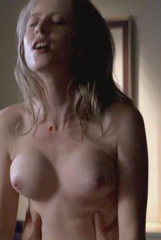 Голая Мелисса Стефенс в сериале «Блудливая Калифорния», 2007