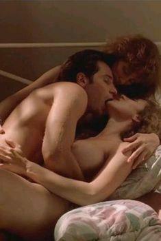 Мими Роджерс обнажилась в фильме «Вознесение», 1991