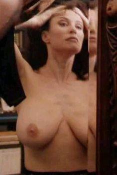 Мими Роджерс засветила грудь в фильме «Полный массаж тела», 1995