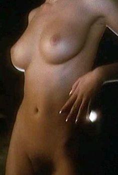 Голая Моник Габриэль в фильме «Черная Венера», 1983