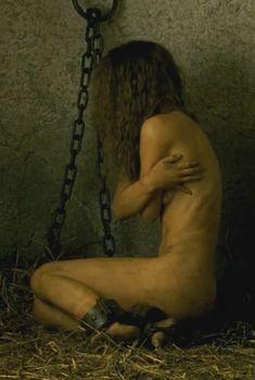 Голая Натали Портман в фильме «Призраки Гойи», 2006