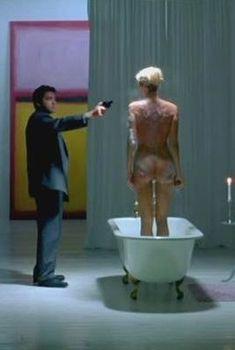 Голая Наташа Хенстридж в фильме «Двойная жизнь», 2000