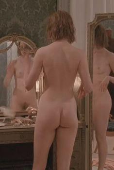 Голая Николь Кидман в фильме «Билли Батгейт», 1991