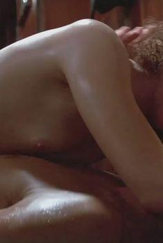 Голая Николь Кидман в фильме «Мертвый омут», 1989